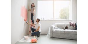 Peinture mat, satinée, brillant pour la décoration intérieure